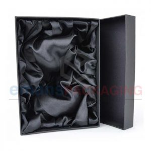 Wholesale Satin Lined Packaging Boxes