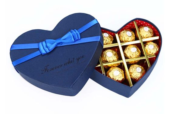 Custom Shape Heart Rigid Boxes